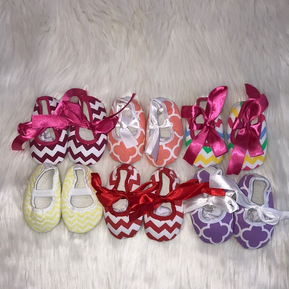 Boutique Other - Final Price NEW Baby Girl Crib Shoes